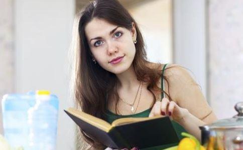 女人不吃晚餐 女人<a href=http://www.jtjkw.org/yangsheng/ target=_blank class=infotextkey>养生</a>晚餐怎么吃 女人吃晚餐