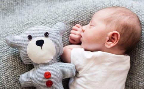小儿失眠的症状 宝宝失眠怎么办 宝宝失眠的解决方法