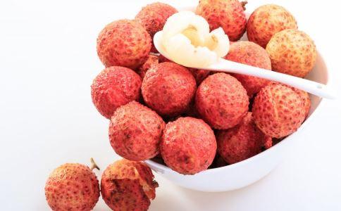 宝妈产后饮食要注意什么 宝妈产后不能吃哪些水果 产后有哪些忌口
