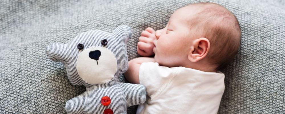 宝宝感冒父母很着急 应该怎么护理好